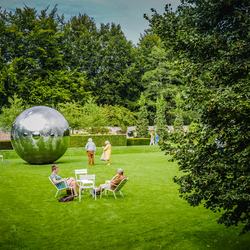 Surrealistische tuin
