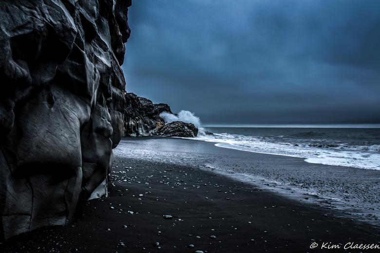 IJslandse kust - Deze foto is gemaakt op het 'zwarte' strand van Vik IJsland