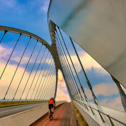 bridgebikerclean2