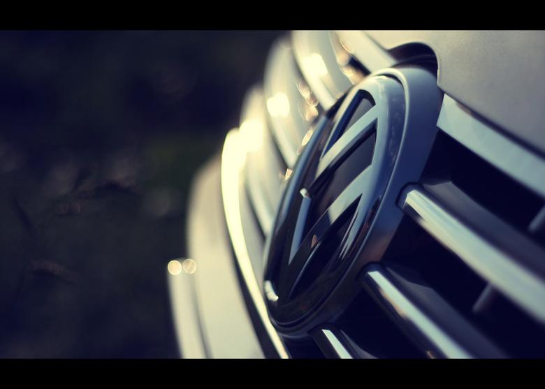 """VW serie in 50mm 1.8  - ben weer aan het spelen met de 50mm 1.8. Details van auto&#039;s blijven hierin mijn aandacht houden. <img  src=""""/images/smile"""