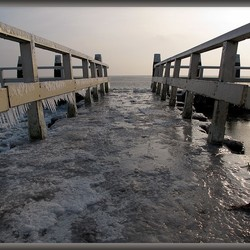 Afsluitdijk brug