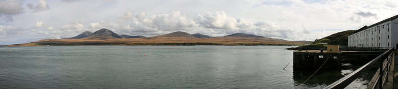 Coal Ila, Sound of Islay (Panorama) - Panoroma van 8 aan elkaar geplakte foto's van mijn trip naar Schotland. Je ziet vanaf de kust van Islay bij