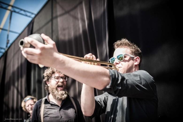 toegejuicht worden tijdens de solo! - met de Mo Jones Bigband tijdens het Breda Jazz Festival