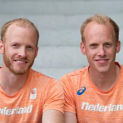 Eeneiige tweeling Sam en Dov 2