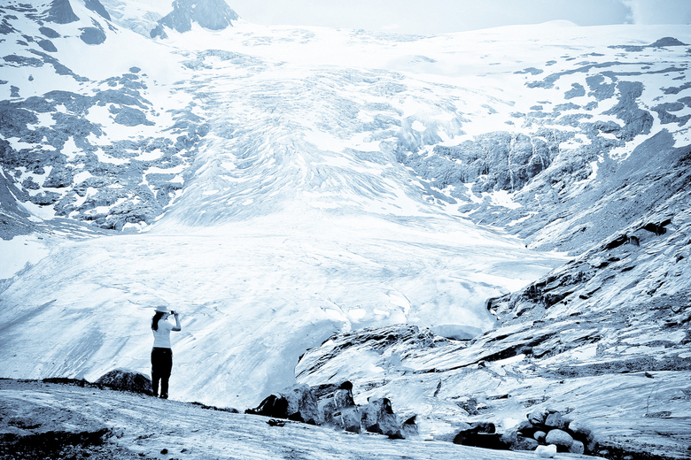 Alleen en stilte - Bedankt voor jullie reacties op mijn vorige foto.<br /> Deze is er een van het vorig jaar, bij de gletsjer aangekomen waren we er