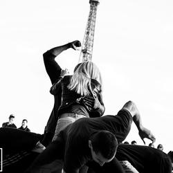 Eiffel dance