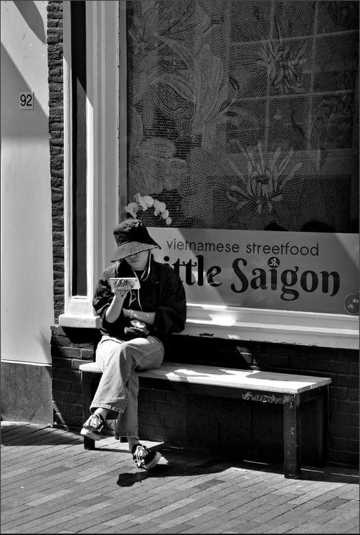 Little Saigon -  Alleen op de wereld<br /> <br /> <br /> <br /> <br /> <br />