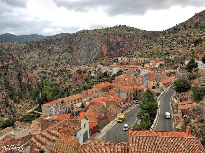 Het dorp Ayna, Spanje. - De foto nu van de andere kant van het dorp, zie vorige foto.<br /> <br /> Bedankt voor al jullie reacties op mijn vorige fo
