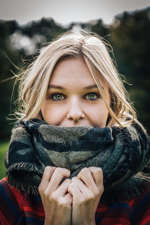 Joanna. - Gezellige shoot in herfstsferen.<br /> <br /> Make sure you follow me on:<br /> https://www.facebook.com/ShotByCanipel/<br /> https://ww