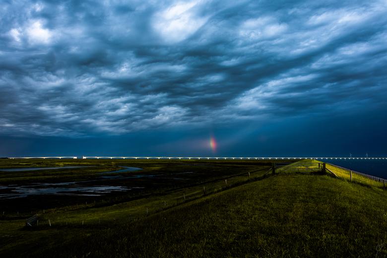 somewhere over the rainbow -