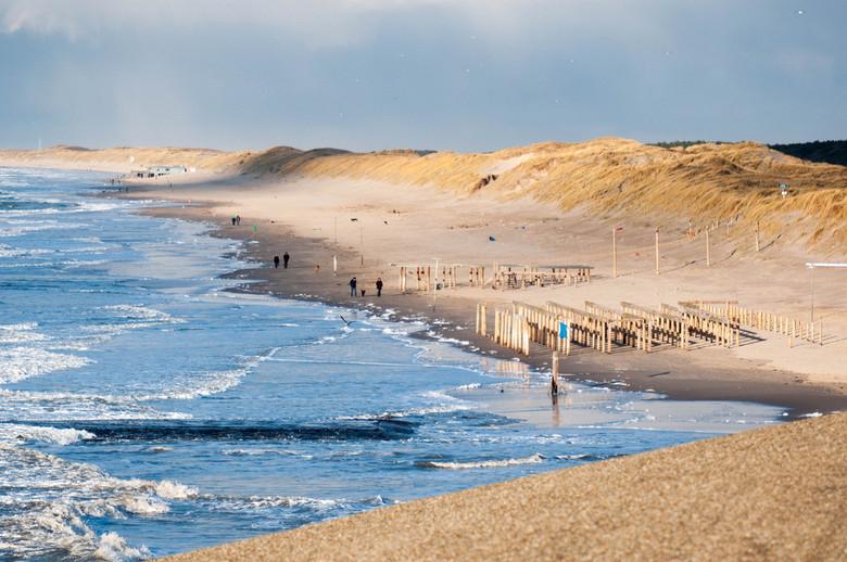 Het laatste stukje - Bij Petten (NH) wordt de kust verdediging verzwaard.<br /> Dit is het laatste stukje oude strand.