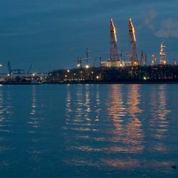 booreiland nieuwe waterweg bij twilight