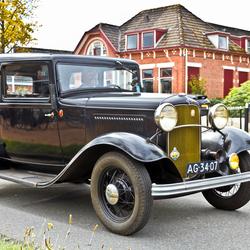Ford Model B Tudor 1932 (0049)