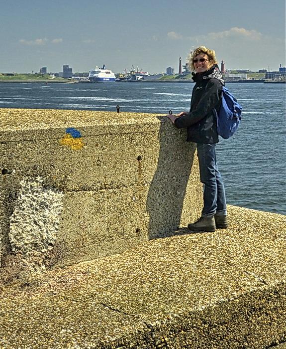 Model Riet. - Model Riet op de pier van IJmuiden.<br /> 27 mei 2013.<br /> Groetjes Bob.