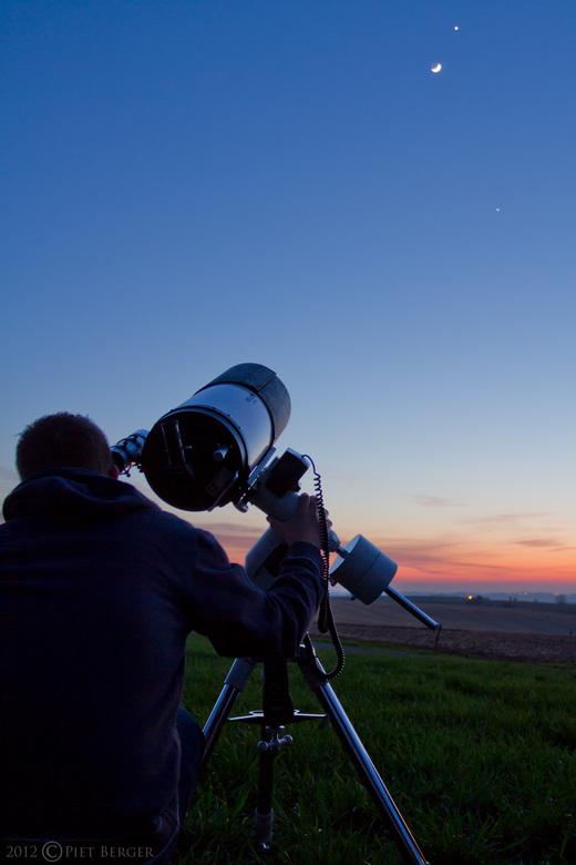 Trip to the stars - Waarnemen tijdes mooie samenstand van de planeten.