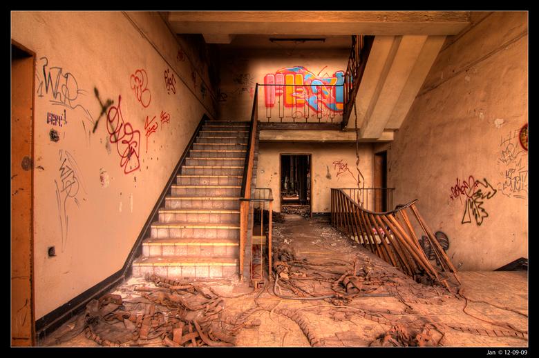 Sinteranlage 7 - 12-09-09 een bezoek gebracht aan Sinteranlage.<br /> De Sinteranlage is gebouwd in 1910 en is in 1995 verlaten. <br /> Sinteren is