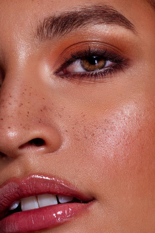 Priscilla - Model: Priscilla Rehaen<br /> Make-up: Naomi Bonita Beauty