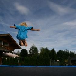 Bo op de trampoline