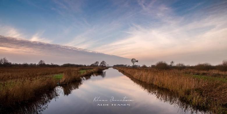 Nat. Park Alde Feanen - Earnsleat - Prachtige herfstkleuren tijdens een windstille zonsondergang