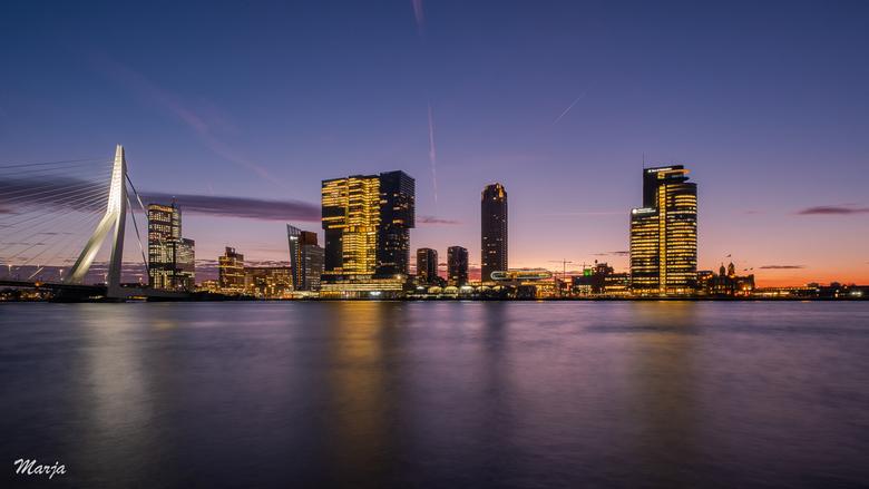 Zonsopkomst Rotterdam - Groot zien! Zonskopkomst in Rotterdam.