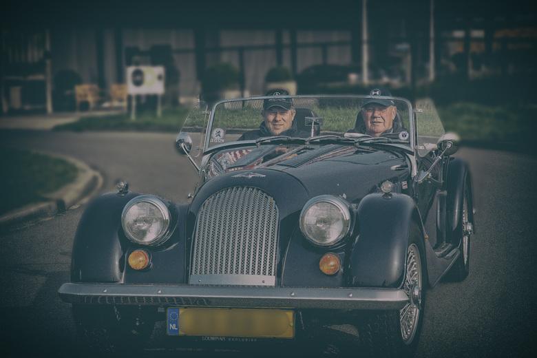Morgan- classic car - Vanaf 1910 bouwt men in Engeland de Morgan. De auto's worden nog steeds met de hand gebouwd en het zijn allemaal open toure
