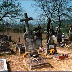vervallen begraafplaats