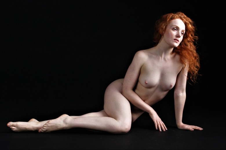Ginger nude
