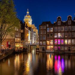 Amsterdam aan het begin van de avond