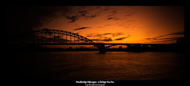 """A Bridge Too Far By Night - Twee jaar na mijn eerste foto's met het Tweede Wereldoorlog thema """"A Bridge Too Far"""", heb ik de draad weer"""