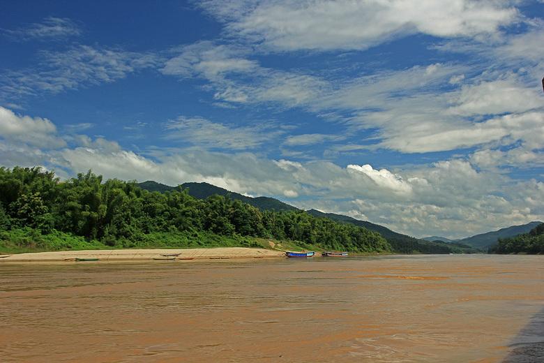Laos - De Mekong in het groene Laos