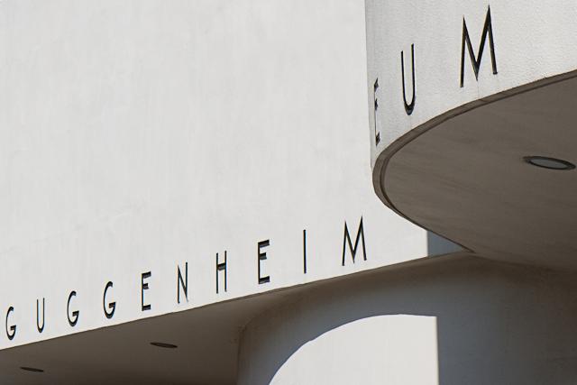 Guggenheim - Guggenheim museum, ontworpen door Frank Lloyd Wright.