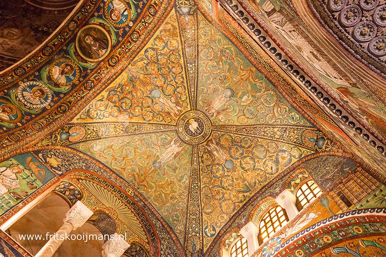 Plafond Kerk in Ravenna
