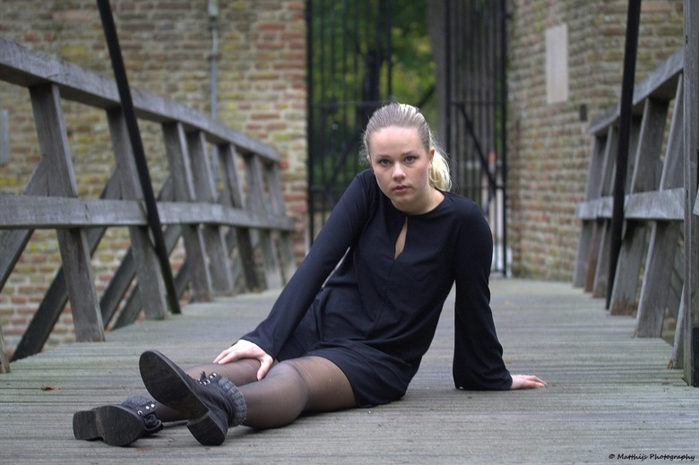 Tessel - Fotoshoot met Tessel (17 jaar), Black dress