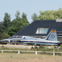 Vliegtuig in de achtertuin?