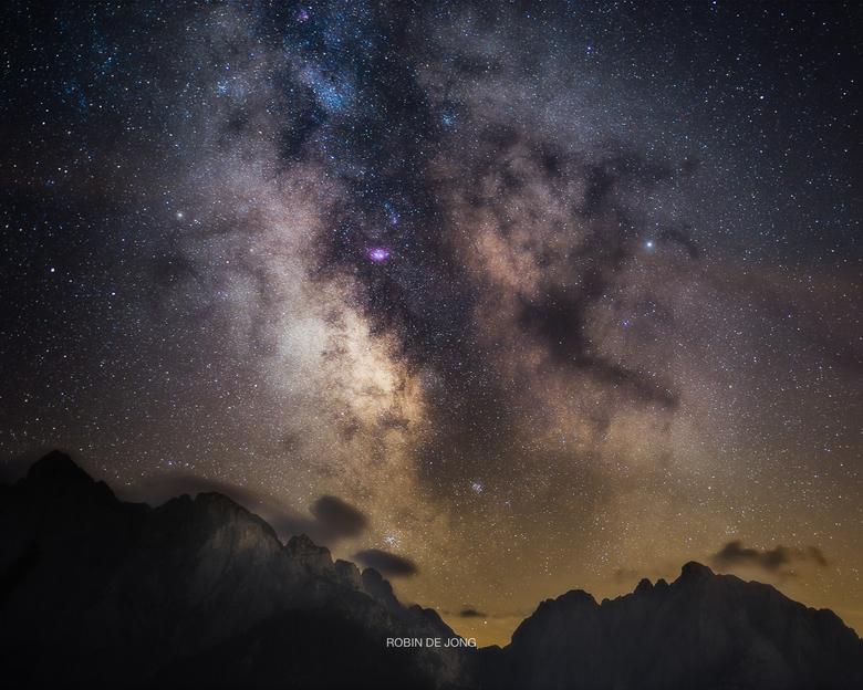 Core of the Eternal. - Tijdens een nachtelijke wandeling door de bergen, de Julische Alpen in Slovenië, op een heldere nacht, heb ik de core van onze