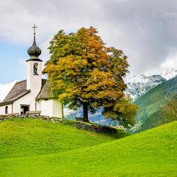 Klein kerkje in Oostenrijk