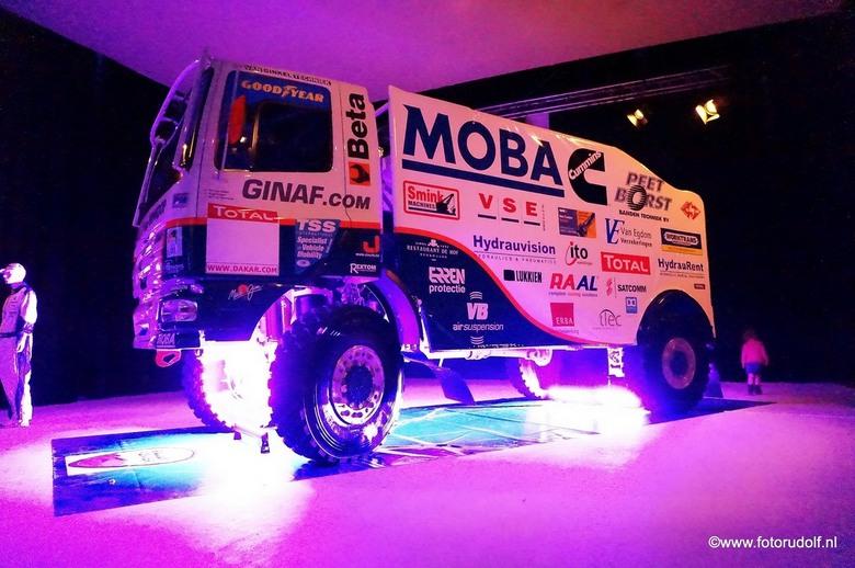 Ginaf Rally Power - Foto gemaakt tijdens de Teampresentatie van het Ginaf Rally Team voor Le Dakar. Gemaakt met de Sony Nex 5T met een ISo van 25.600,