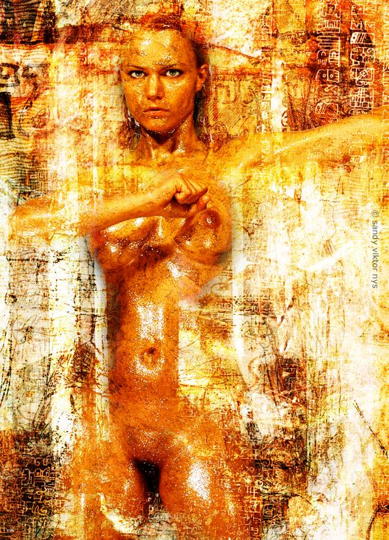Gouden meisje - gouden bodypaint en photoshop