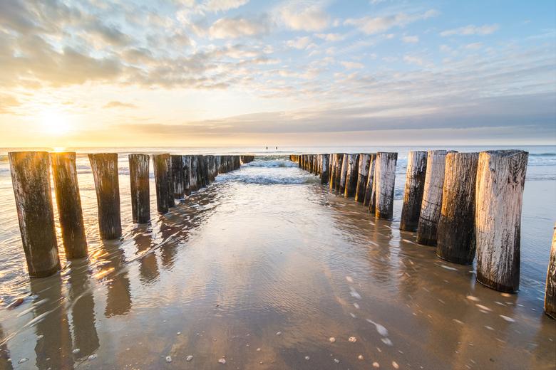 Perfect Ending - Een geweldige finale van een fantastische dag op de stranden van Zeeland.<br /> <br /> (c)2019 www.martijnvandernat.nl