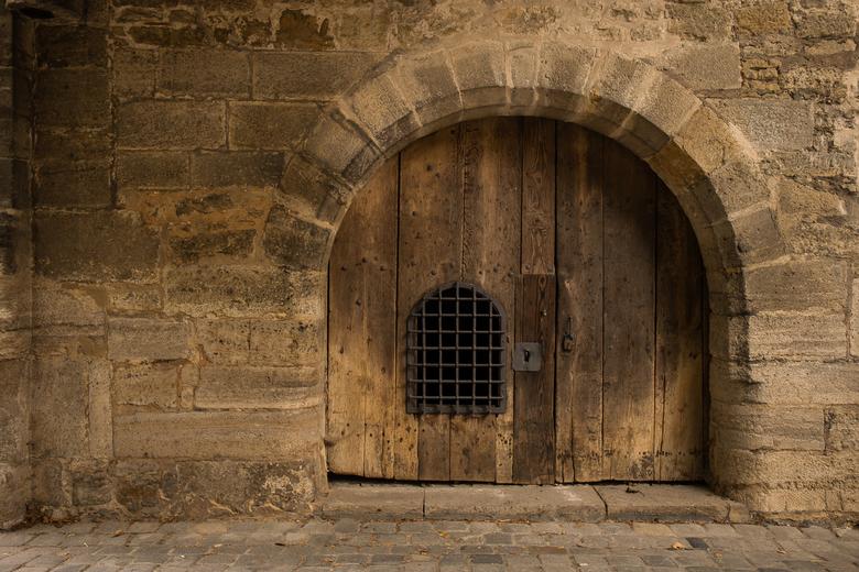 Oude houten poort - oude houten deur