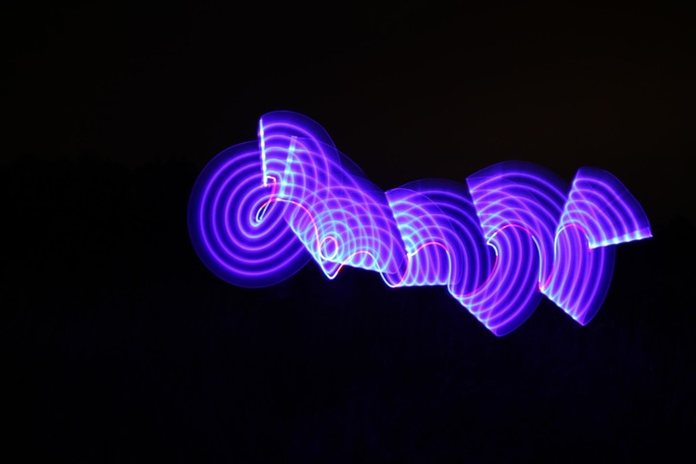 """Lightpainting :) - Zelf tekenen met lichtbronnen! Zoooo leuk!! <img  src=""""/images/smileys/smile.png""""/>"""
