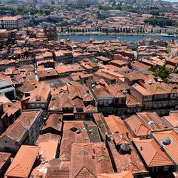 Over de daken van Porto