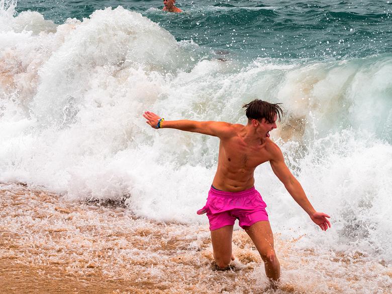 Run 4 the waves