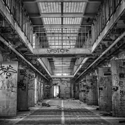 H15 prison
