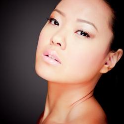 Model Connie