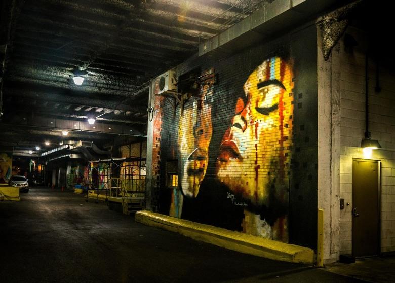 Street art - Dit mooie kunstwerk kwam ik tegen tijdens het wandelen door de stad.