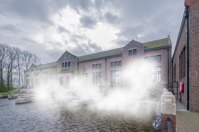 Woudagemaal onder stoom - Vorig week was het Woudagemaal in Lemmer voor een aantal dagen in werking. Het Woudagemaal is het oudste nog werkende stoomg