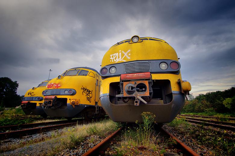 """NS Train graveyard 13/13 - Dit is de laatste foto uit deze serie.<br /> De hele serie kun je bekijken via deze link: <a href=""""http://www.mijnalbum.nl"""