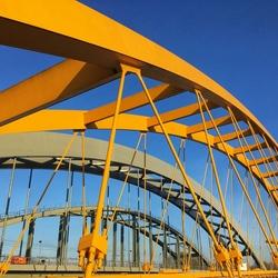 De gele brug