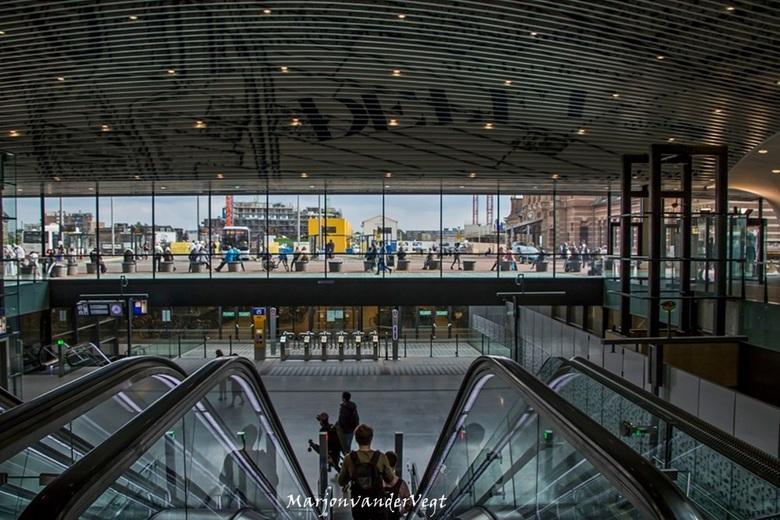 Station - Gisteren in &#039;t station Delft genomen.<br /> <br /> Iedereen hartelijk dank voor de waardering voor mijn werk.<br /> <br /> Fijne da